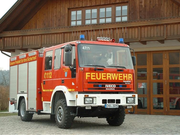 freiwillige-feuerwehr-schorndorf-feuerwehr-loeschfahrzeug